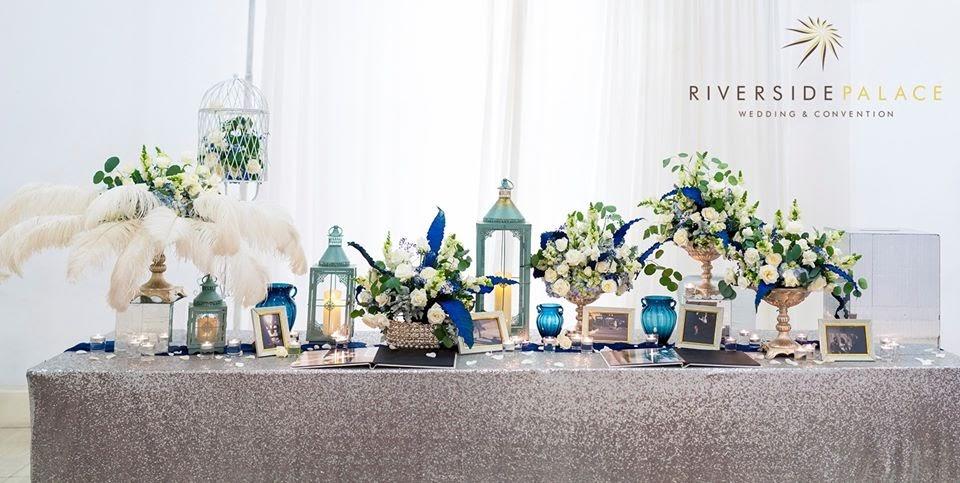 Chọn kiểu trang trí bàn Gallery tiệc cưới cho cô dâu chú rể