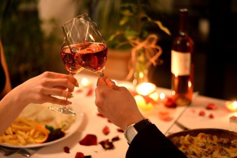5 ý tưởng giúp các đôi vợ chồng tổ chức lễ kỷ niệm ngày cưới ngọt ngào