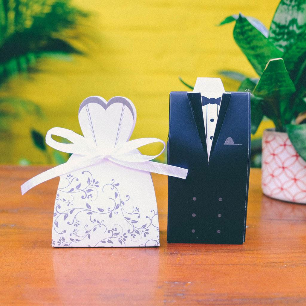 Cách chọn quà cưới sang trọng tặng khách tham dự tiệc mừng
