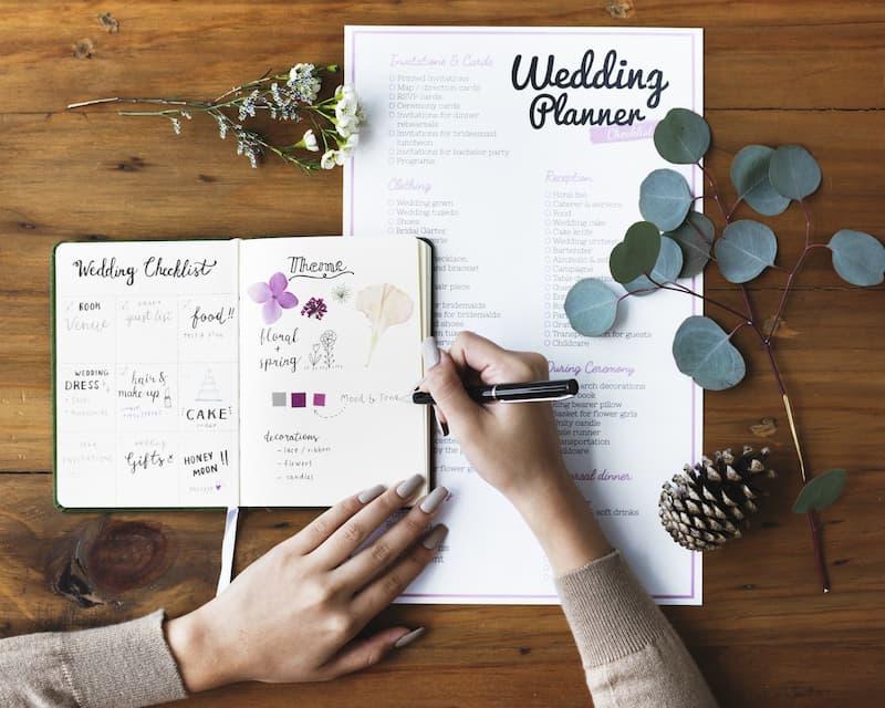 10 lời khuyên từ chuyên gia giúp bạn lên kế hoạch cho một tiệc cưới hoàn hảo sau dịch