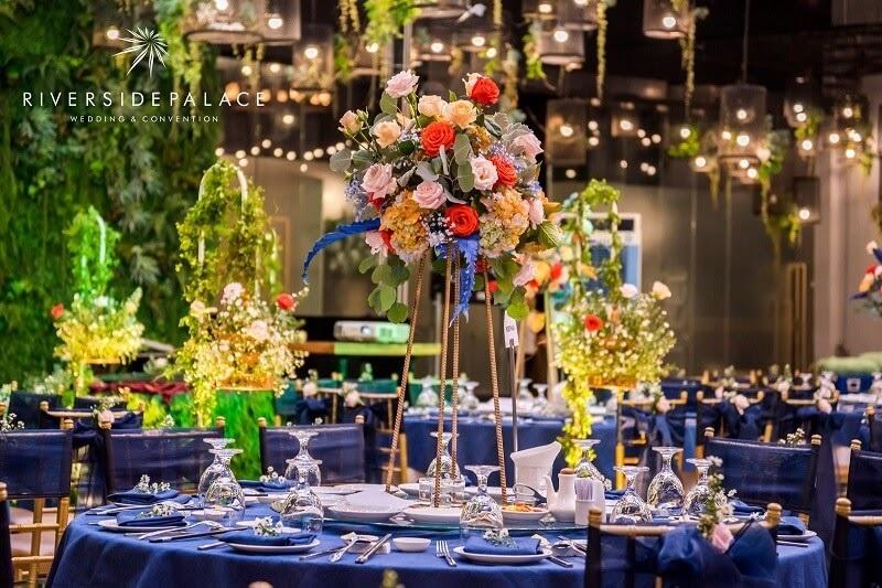 Cách tìm địa điểm tổ chức sự kiện tiệc cưới cho cặp đôi bận rộn