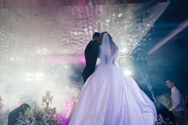 REAL WEDDING - TIỆC CƯỚI ĐẸP NHƯ MƠ PHONG PHÚ & PHƯƠNG ANH